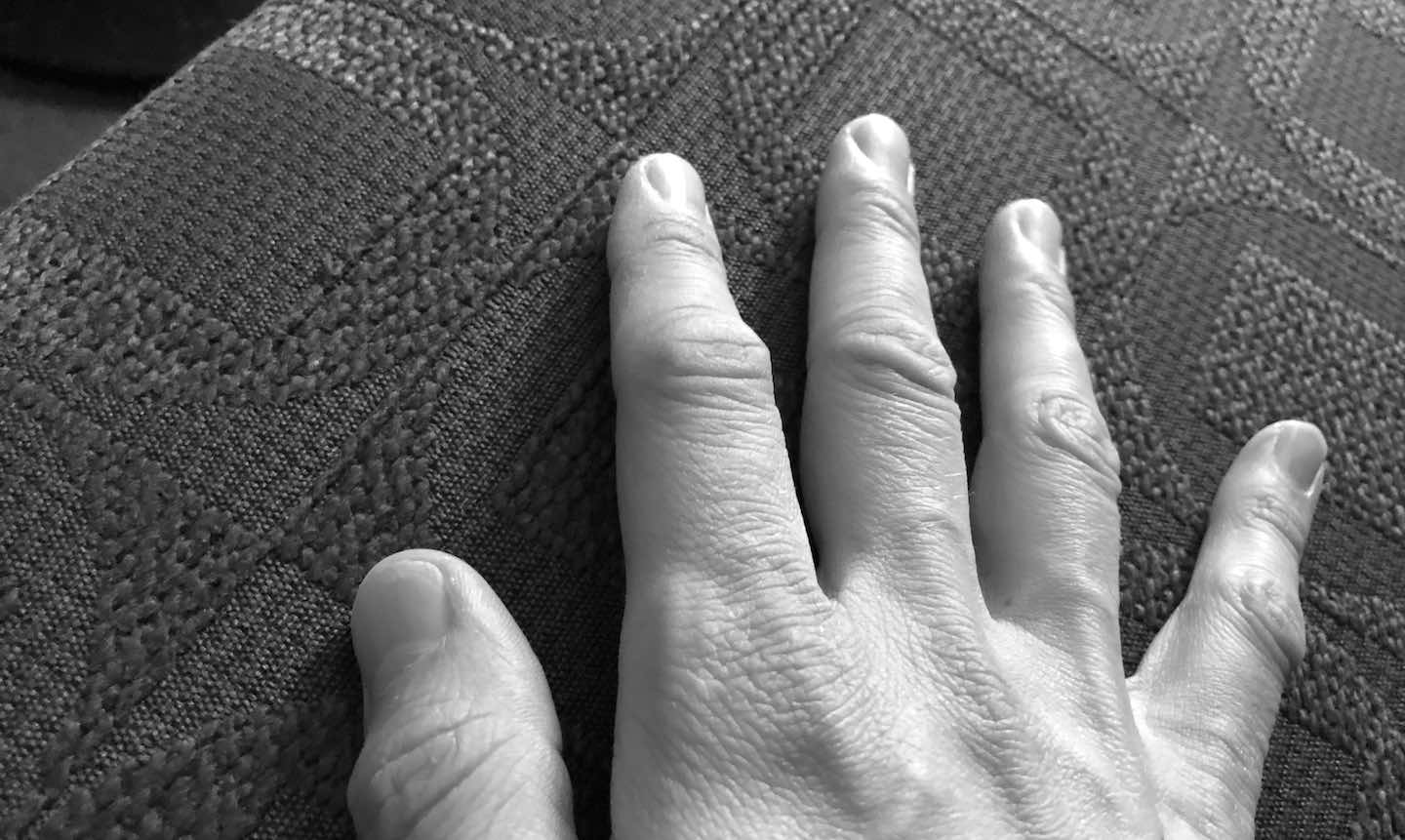 A pianists's right hand with fingers spread